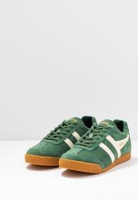 Gola - HARRIER - Sneakers basse - evergreen/offwhite - 2
