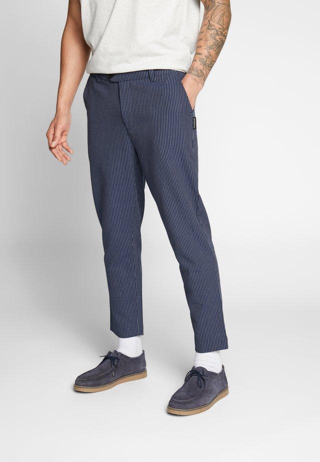 GAVIN TROUSER - Spodnie materiałowe - navy