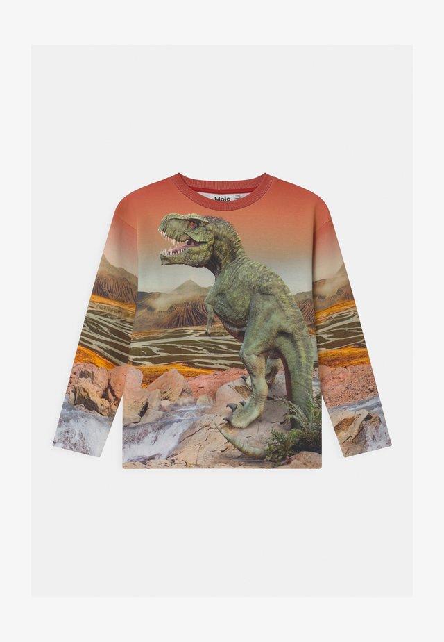 MOUNTOO - Langærmede T-shirts - sand/khaki