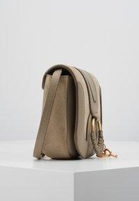 See by Chloé - HANA MINI - Across body bag - motty grey - 3