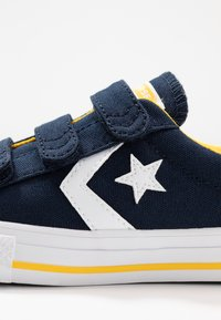 Converse - STAR PLAYER - Trainers - obsidian/amarillo/white - 5