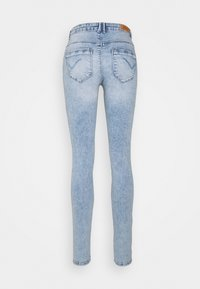 ONLY Tall - ONLPAOLA LIFE - Jeans Skinny Fit - light blue denim - 1