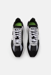 Mercer Amsterdam - RACER - Trainers - black - 3