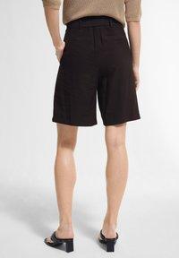 comma - Shorts - black - 2