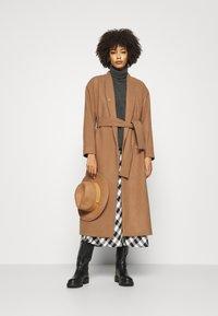 InWear - ZAHRA COAT - Zimní kabát - camel - 1