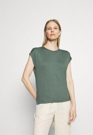 Jednoduché triko - light green
