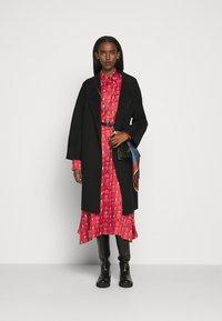 Mulberry - TERI DRESS - Sukienka koszulowa - medium red - 1