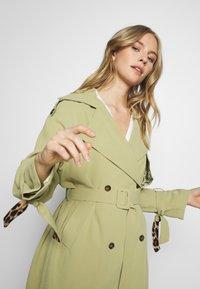 UNIQUE 21 - SAGE OVERSIZED TRENCH COAT - Trenchcoat - pistachio - 3