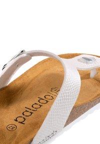 Palado - PALADO KOS - T-bar sandals - weiß dots - 4