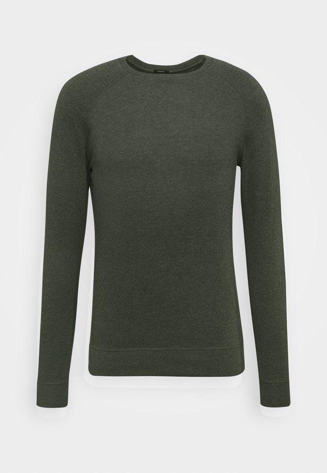 CREW - Sweater - climbing ivy green