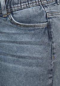 MAMALICIOUS - MLCHESTER SKIRT - Minisukně - blue denim - 2