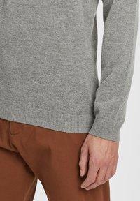 Timberland - Stickad tröja - medium grey heather - 4