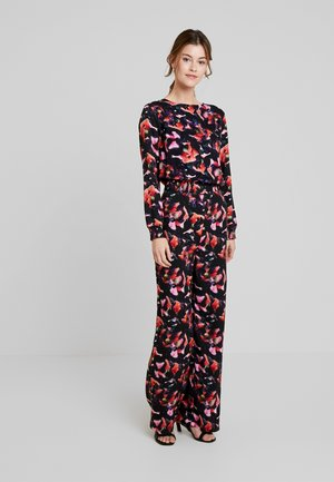 BANG ON THE DRUM - Jumpsuit - red