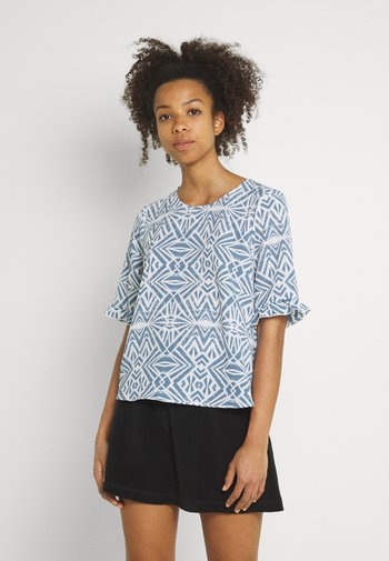 ONLNOVA LUX FRILL - T-shirts med print - cloud dancer/denim