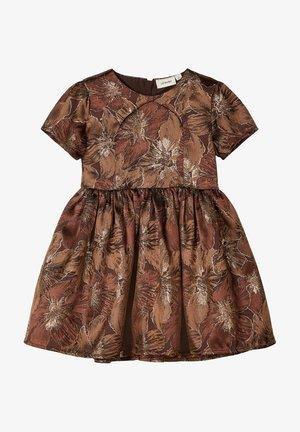 Vestido informal - deep mahogany