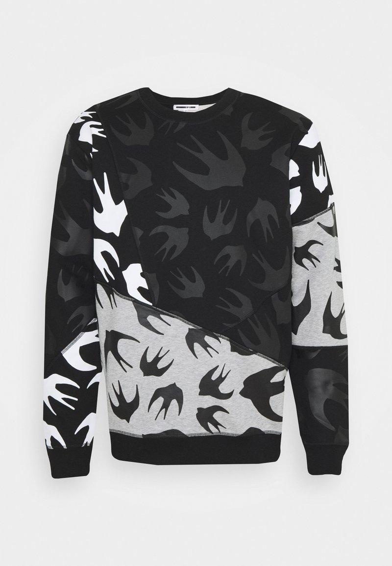 McQ Alexander McQueen - SEAMED TEE CUT UP - Sweatshirt - black/grey