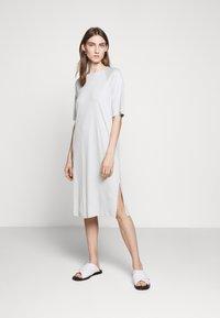 Filippa K - MIRA DRESS - Žerzejové šaty - faded aqua - 0