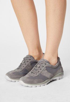 ROLLING SOFT  - Sneakers laag - silber/grau