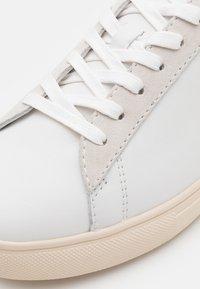 Clae - BRADLEY - Matalavartiset tennarit - white/sage green - 5