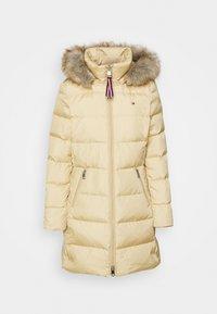 BAFFLE COAT - Down coat - yellow stone
