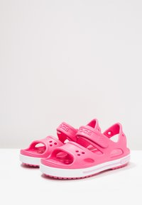 Crocs - CROCBAND II - Pool slides - paradise pink/carnation - 3