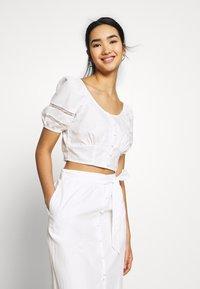 Fashion Union - CAPOTE - Blouse - white - 0