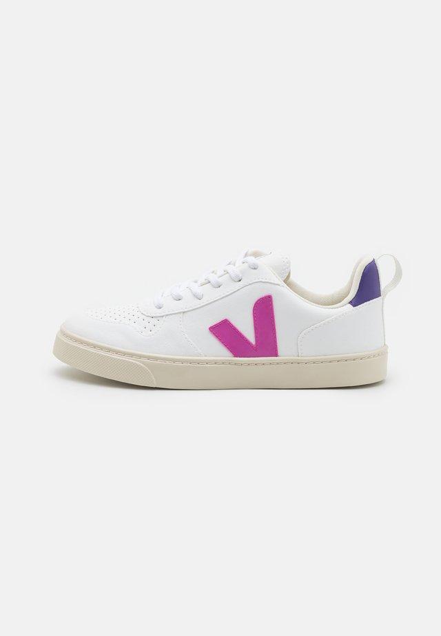 SMALL V-10 LACES - Tenisky - white/ultraviolet/purple