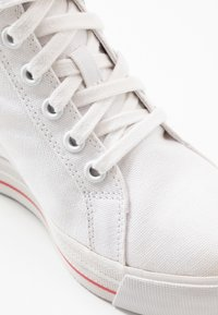 Tommy Jeans - NICE WEDGE - Joggesko - white - 2