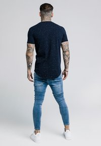 SIKSILK - NEPS GYM TEE - T-shirt basic - navy - 2