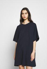 CALANDO - T-SHIRT DRESS - Jersey dress - dark blue - 0