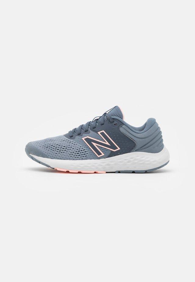 520 - Neutrala löparskor - dark grey/silver