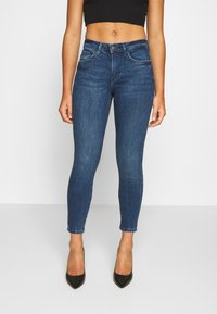 Vero Moda Petite - VMTERESA MR JEAN  - Jeans Skinny Fit - dark blue denim - 0