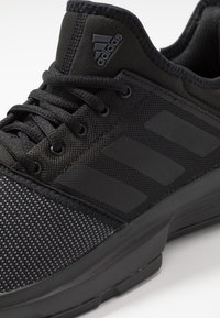 adidas Performance - GAMECOURT - da tennis per terra battuta - coreblack - 5