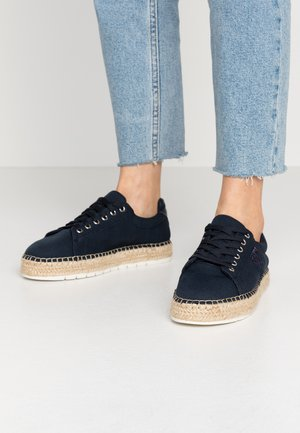 NAUTICAL TH LACE UP ESPADRILLE - Loafers - desert sky