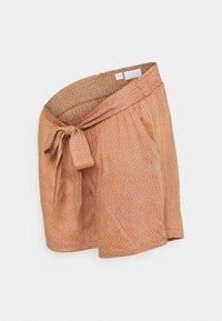 MAMALICIOUS - MLTHILDE  - Shorts - sunburn/snow white - 0