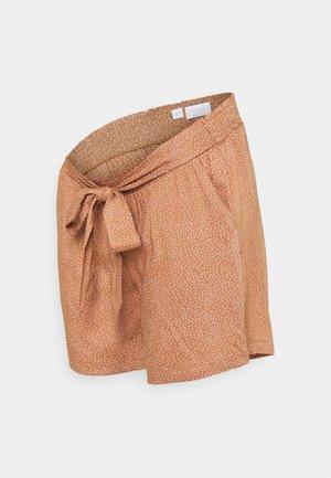 MLTHILDE  - Shorts - sunburn/snow white