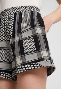 CECILIE copenhagen - Shorts - black/stone - 5
