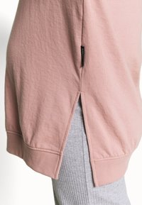 Missguided Maternity - MAMA - Bluza - rose pink - 5