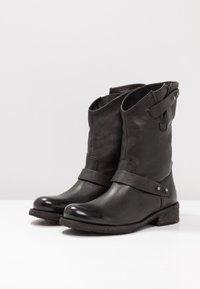 Felmini - VERDY - Cowboystøvler - black - 4