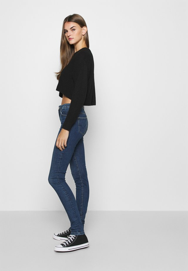 ONLCARMEN LIFE  - Skinny džíny - medium blue denim