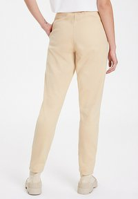WESTMARK LONDON - Tracksuit bottoms - semolina - 2