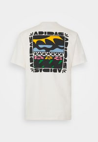adidas Originals - TREFOIL BLOOM GRAPHICS - T-shirt imprimé - non-dyed - 1