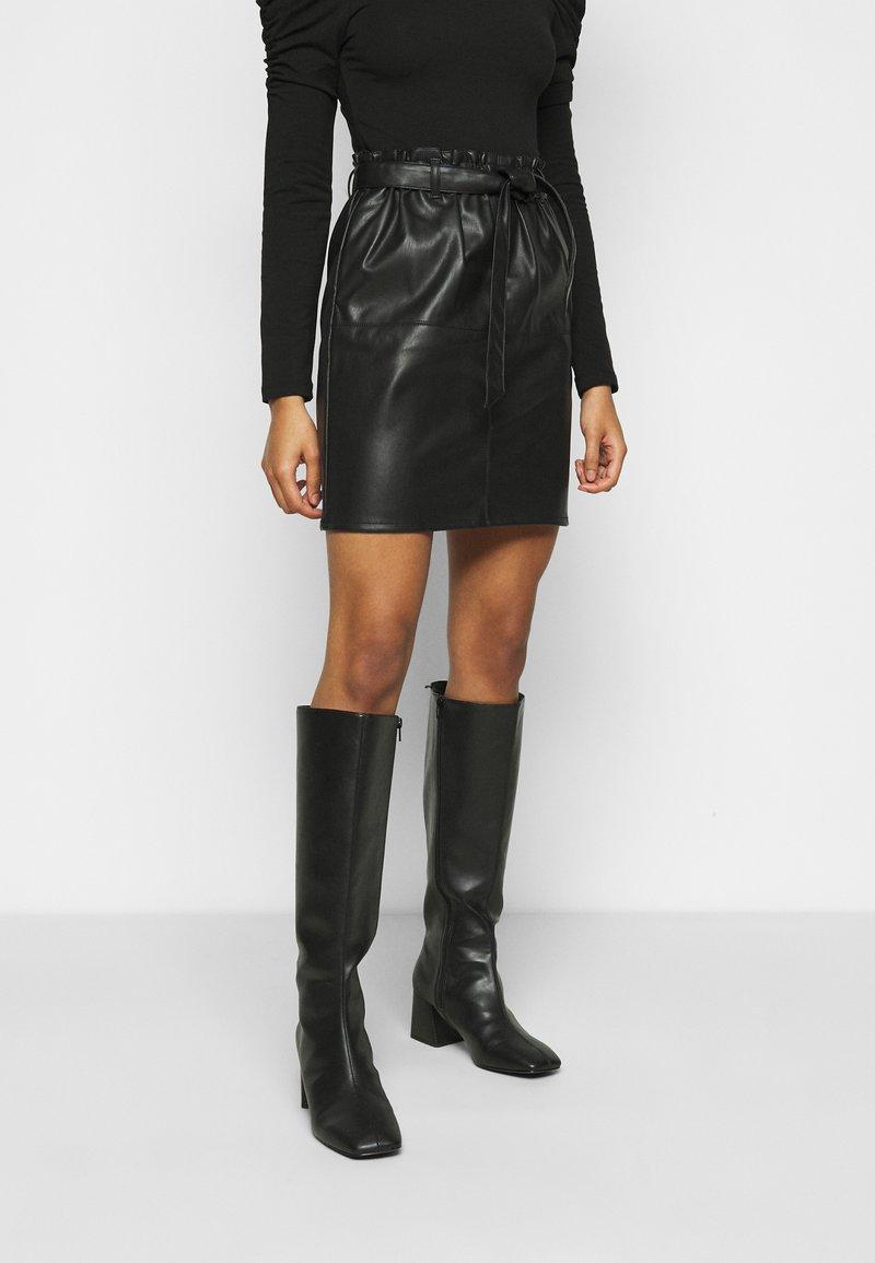ONLY Petite - ONLRIGIE PAPER BAG SKIRT - Pencil skirt - black
