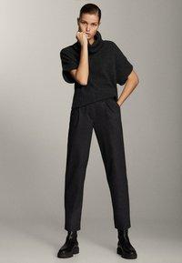 Massimo Dutti - Pantalon classique - grey - 0