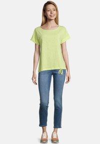 Cartoon - MASSTAB - Print T-shirt - sunny lime - 1