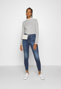 American Eagle - CURVY HI RISE - Slim fit jeans - indigo abyss - 1