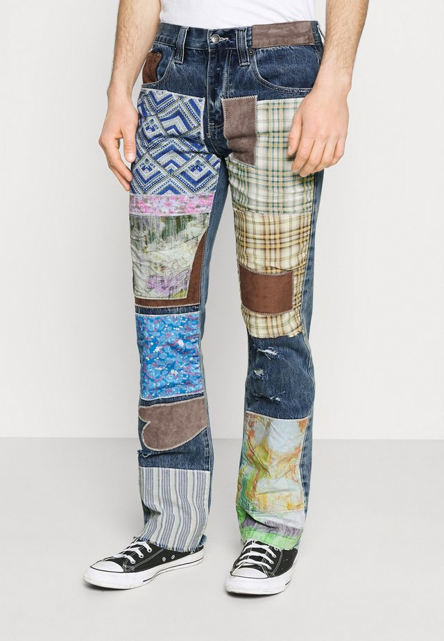 REWORKED PATCHWORK  - Vaqueros bootcut - blue
