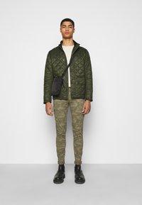 Barbour - TALLOW QUILT - Light jacket - olive - 1