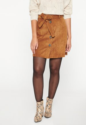 WITH BUTTONS - A-line skirt - camel brown