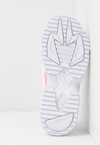 adidas Originals - KIELLOR - Sneakersy niskie - footwear white/glow pink - 6